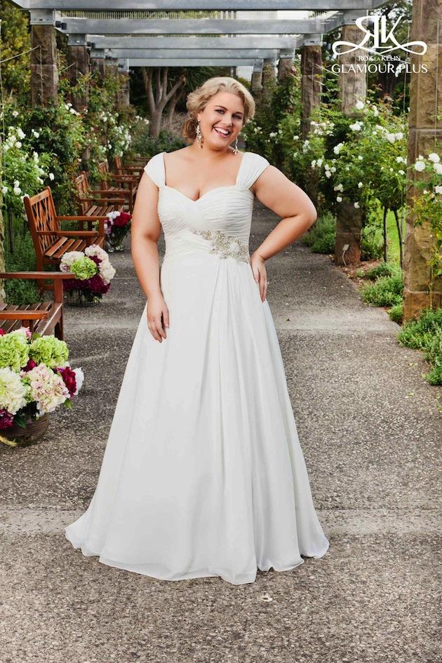 9 Top Plus Size Wedding Dress Designers To Know - Weddingomania