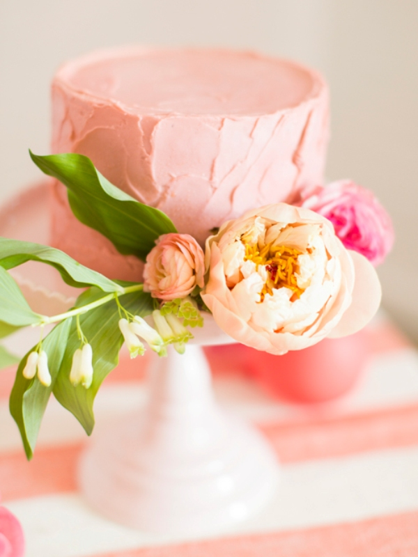picture of girly and sweet bridal shower details