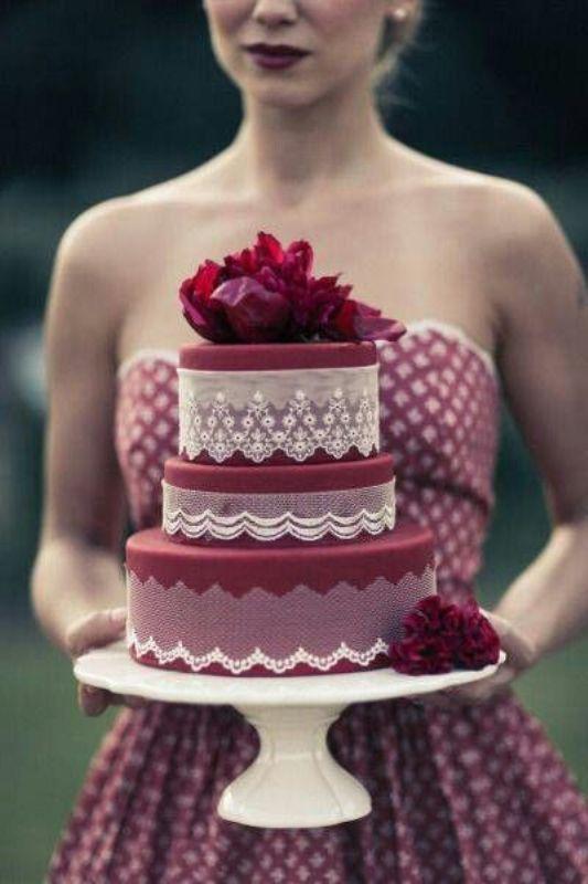 Picture Of stunning marsala wedding cake ideas  10