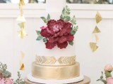 15-stunning-marsala-wedding-cake-ideas-15