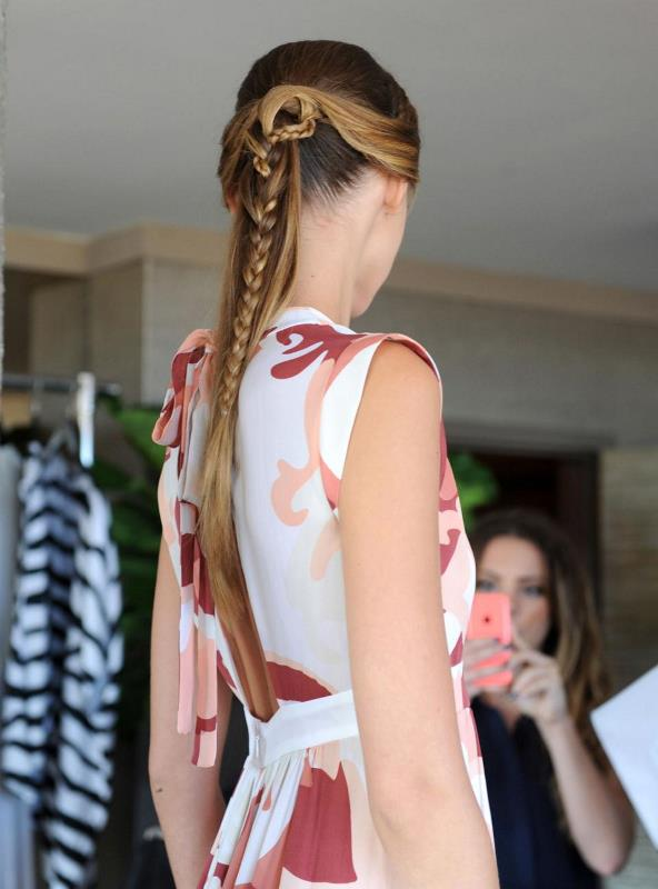 Picture Of summer wedding hairstyles to copy from the runway  12