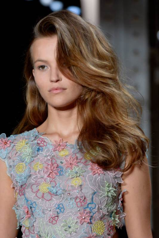 Picture Of summer wedding hairstyles to copy from the runway  16