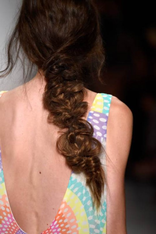 Summer Wedding Hairstyle To Copy From The Runway