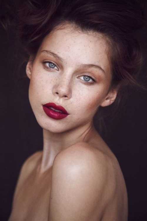Heart stopping Makeup Ideas For Brides With Freckles