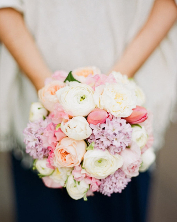 Picture Of mixed pastels wedding bouquets  15