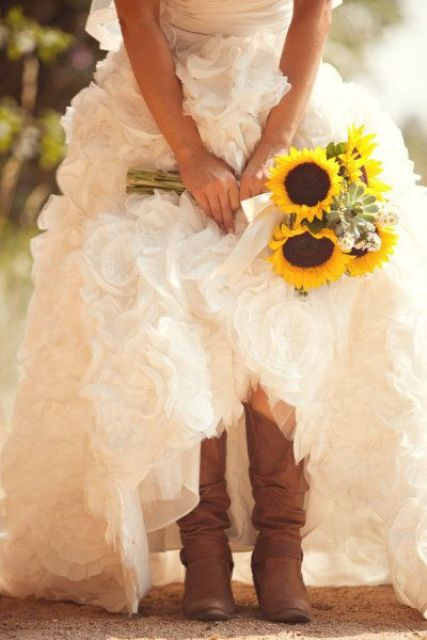 Cowgirl Boots For Wedding Dress 5 Awesome Country Styled Fall Wedding
