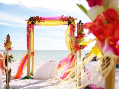20 Cheery Beach Brights Wedding Inspiration