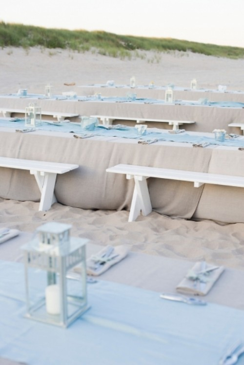 powder blue table runners are perfect for a coastal or beach wedding, they will add a soft touch of color