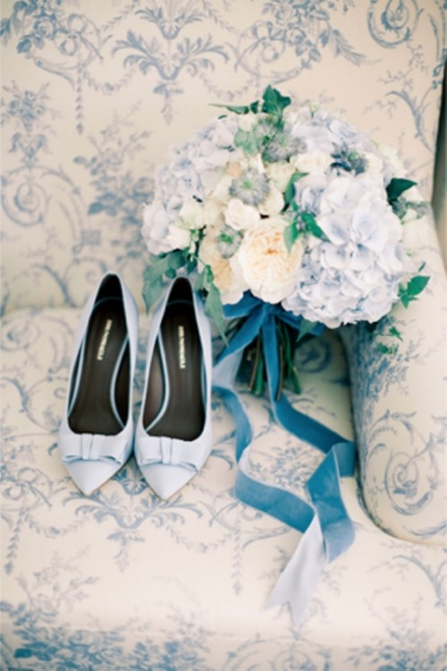 powder blue wedding shoes and a soft pastel wedding bouquet with powder blue blooms and a matching ribbon