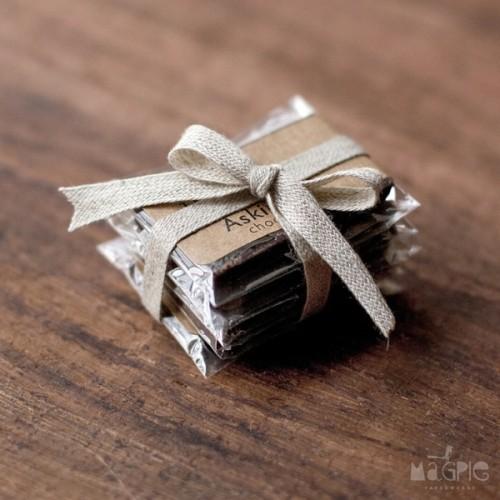 Chocolate Wedding Favors 33 Fabulous Wedding Favors For Chocolate