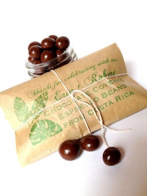 Chocolate Wedding Favors 32 Amazing Wedding Favors For Chocolate
