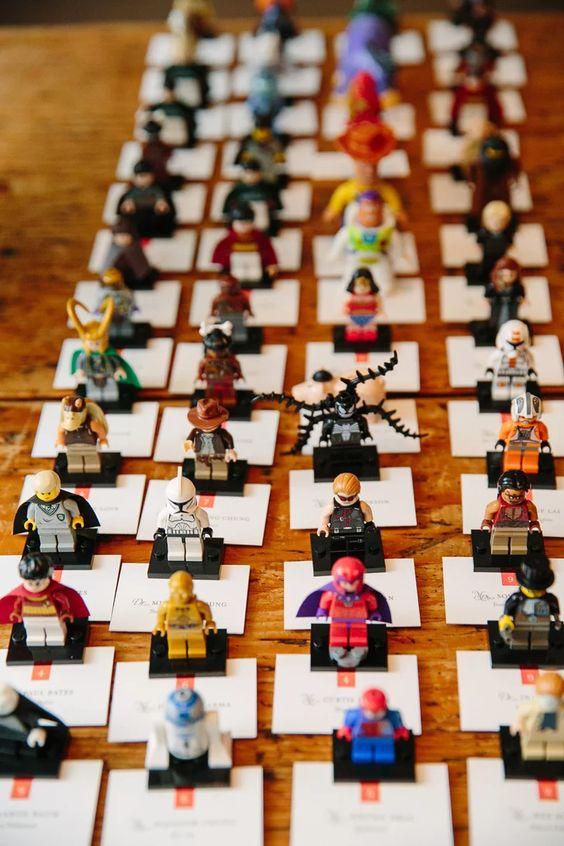 Lego mini figure escort cards are a fun and creative idea for a modern bright wedding