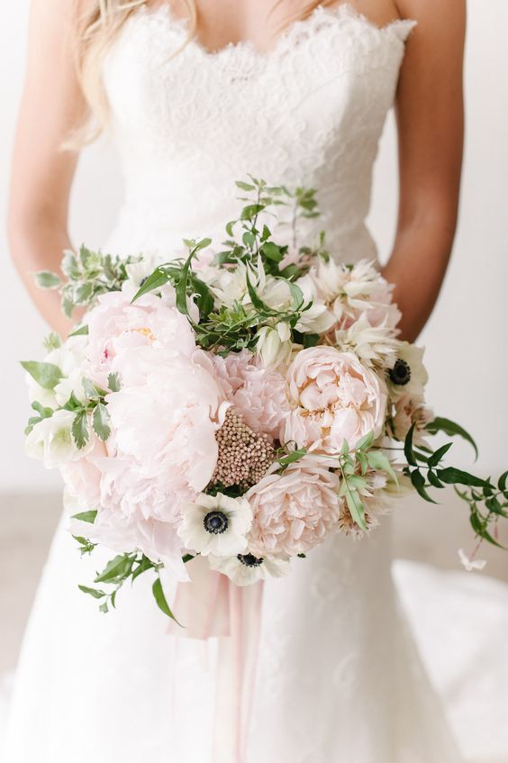 Brides Flowergirls etc Wedding bouquet Light Pastel colours  /& Ivory wedding bouquets Bridesmaids