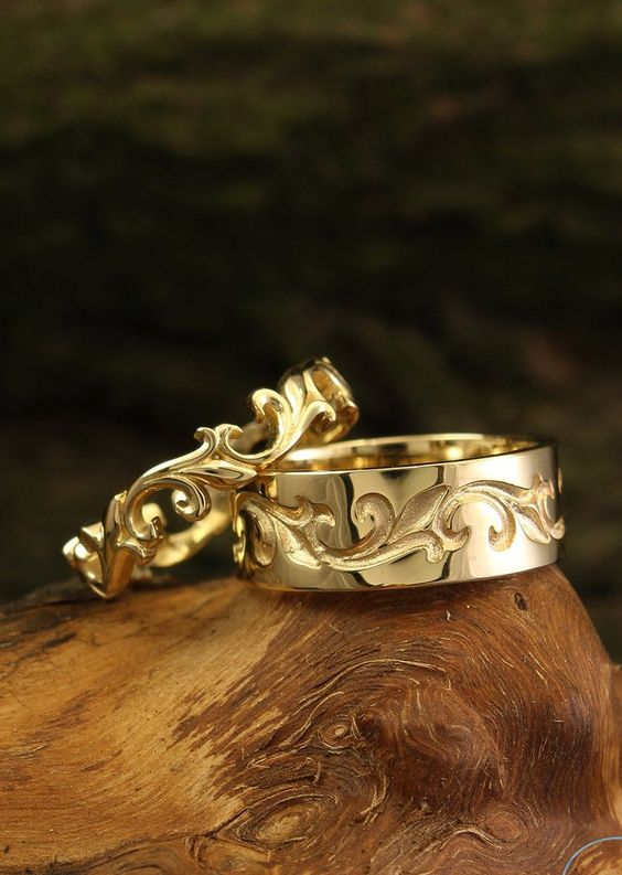 refined gold vine wedding rings are amazing for those who love fantasy or just sophisticated vintage items