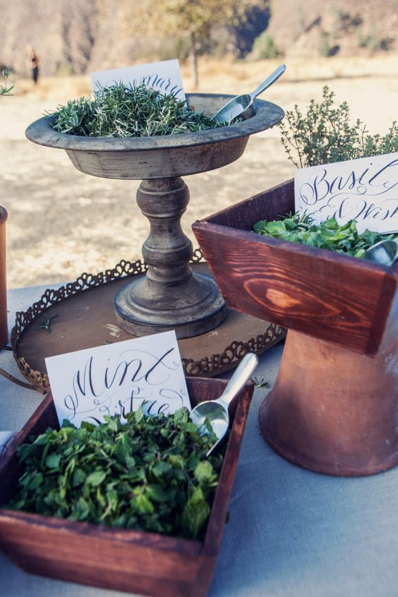 fresh herbs instead of confetti - let your guests choose the herb themselves to add an aroma to the wedding