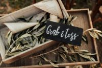 olive leaves and branches are all-natural and will highlight your Tuscany wedding letting you embrace the location