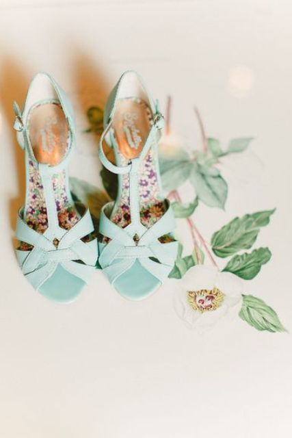 fun retro mint blue wedding shoes with woven tops and floral bottoms are very cool and cute