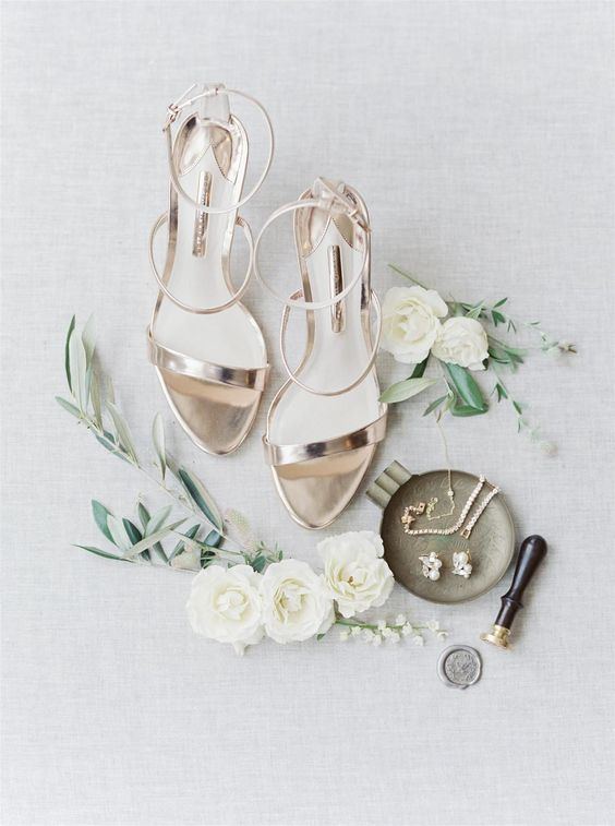 shiny metallic strappy heels for a glam summer bride look very bold and very statement