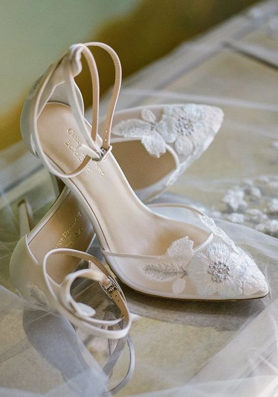 vintage style white floral applique wedding shoes with straps look very romantic and elegant