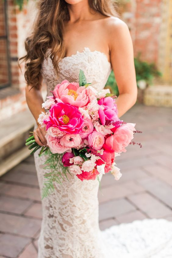 a bright pink and light pink wedidng bouquet will add a touch of color to your look