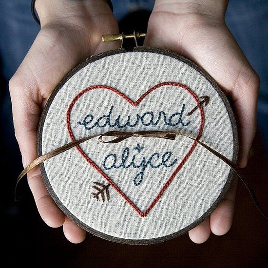 an embroidery hoop with simple romantic emroidery and your rigns on top is a simple and cute boho idea