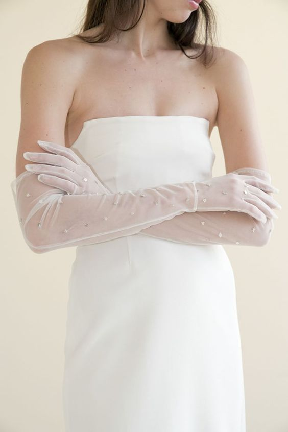 long sheer bridal gloves with shiny stars are amazing to make your look outstanding, even if you have a very simple dress
