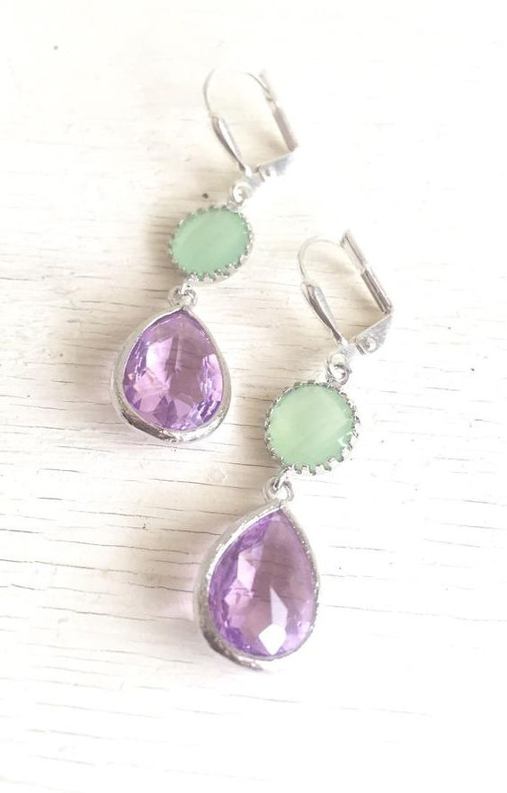 cool bridesmaid earrings in purple and mint are very cool to pull off a bridesmaid look in these colors