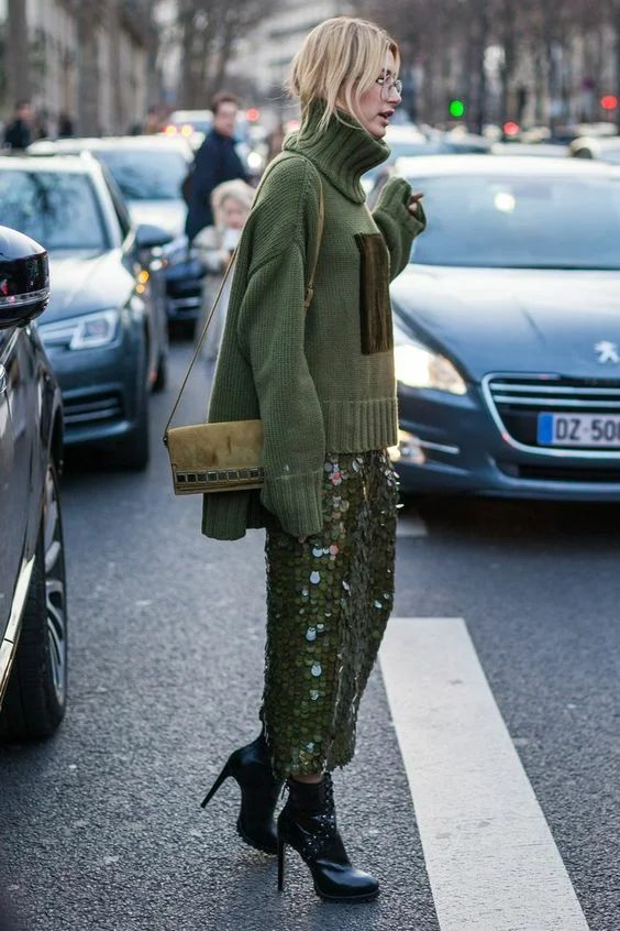 a grass green round sequin pencil midi skirt with a side slit is a lovely and very modern and fresh idea to rock