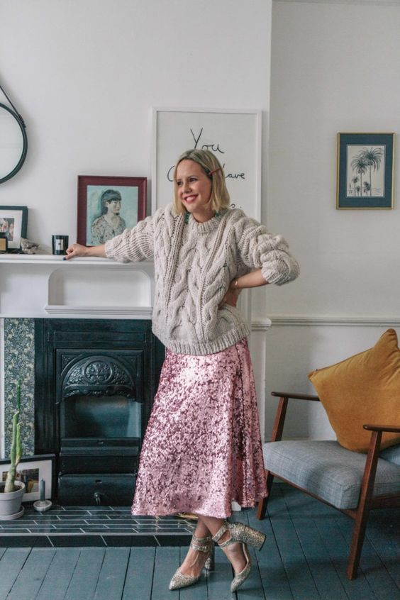 a pink sequin A-line midi skirt is a bright, fun and bold idea to wear to any party, wedding or not