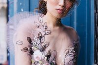 fantastic lilac and black appliques, beading and pearls of various sizes for a breathtaking bridal look