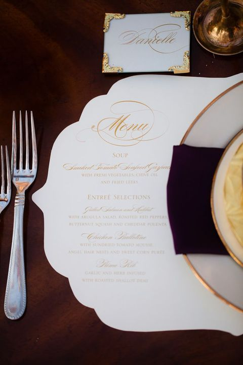 an elegant and chic cutout wedding menu placemat is a refined idea for a super stylish wedding with a formal feel