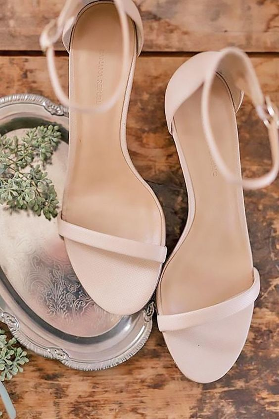 minimalist blush wedding sandals are a nice fit for a modern or minimalist beach bride