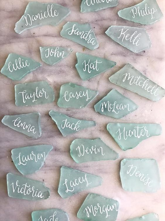 seaglass wedding escort cards are feel like beach and are easy to DIY at the same time
