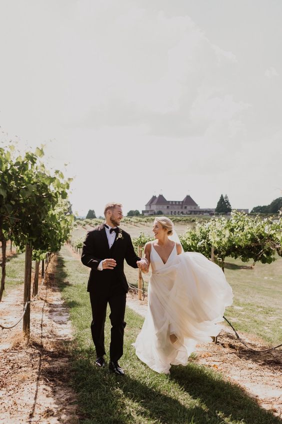 a beautiful and elegant vineyard chateau wedding space for gorgeous and refined wedding portraits