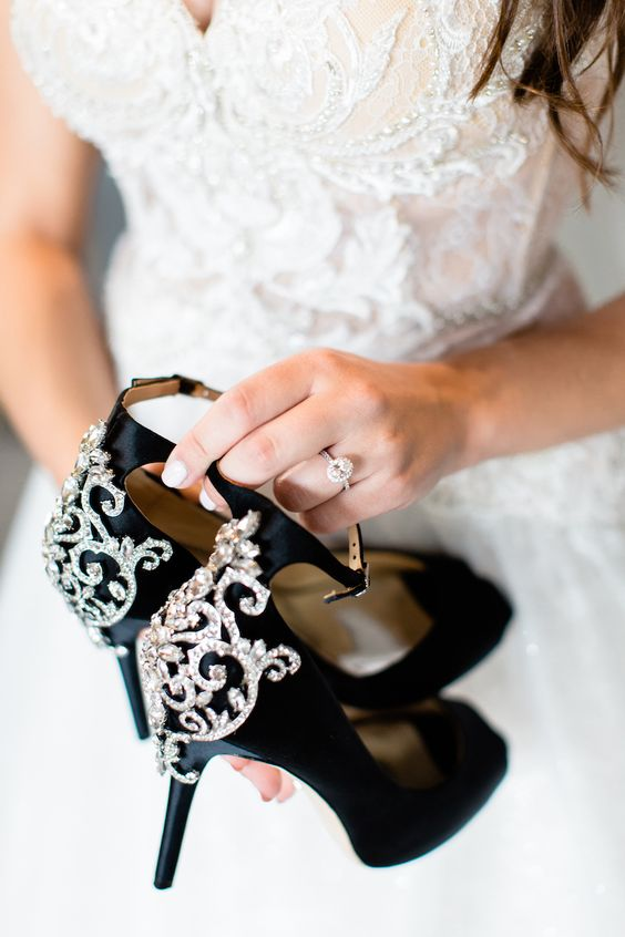 black shoes with embellishments and high heels plus ankle straps and peep toes are an amazing idea for a Halloween wedding
