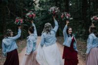 matching light blue denim jackets for the bridesmaids are easy and trendy coverups to wear