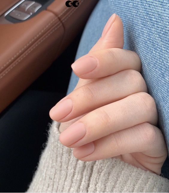 nude matte nails are idea for any kind of bridal look, in any season and with any style