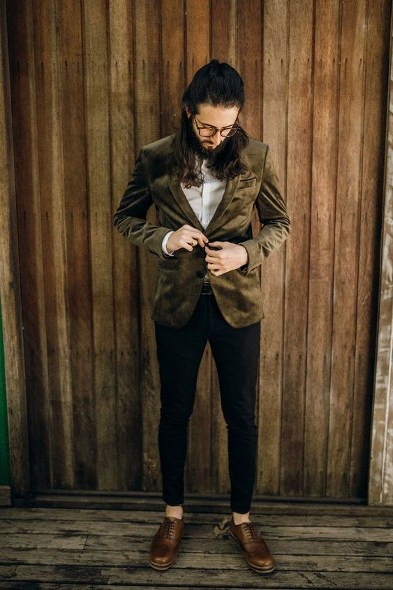 a brown velvet blazer, a white shirt, black cropped pants, brown shoes with no socks for a fall boho look