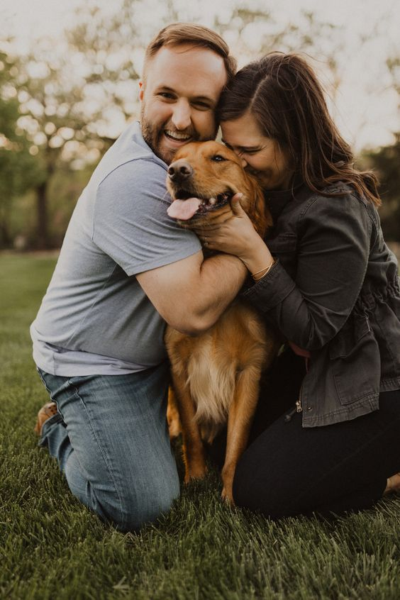 let your furry friend take part in the engagement, too, to make the pics more personalized