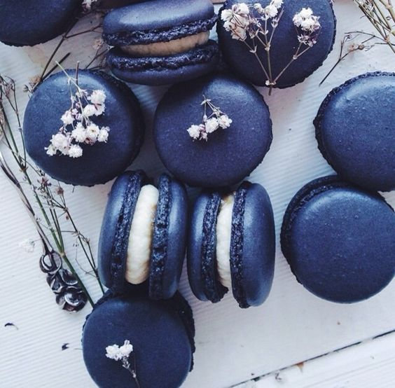 navy and white macarons will help you finish off your wedding dessert table right