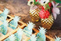 gorgeous green pineapple wedding seating chart with gold touches is a lovely and glam idea for a tropical wedding