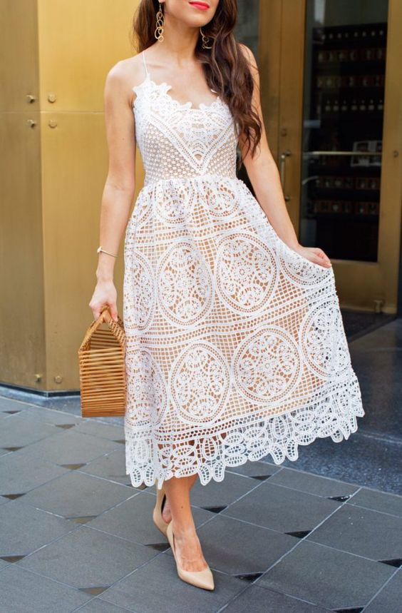 a crochet midi dress with spaghetti straps, nude shoes and a wooden bag are perfect for a summer bride to be