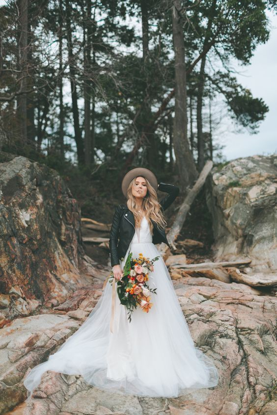 54 Breathtaking And Daring Mountain Wedding Ideas Weddingomania