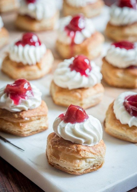 mini cherry pies are a tasty dessert idea to rock at the wedding