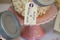 simple tags with threads are wat you can use for marking each type of popcorn