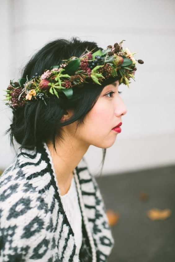 a fall bridal crown with berries, blooms, greenery and foliage and some twigs is a very cool idea for a rustic or boho bride