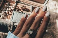 a polka dot grez manicure is a romantic and playful idea for a fall bride