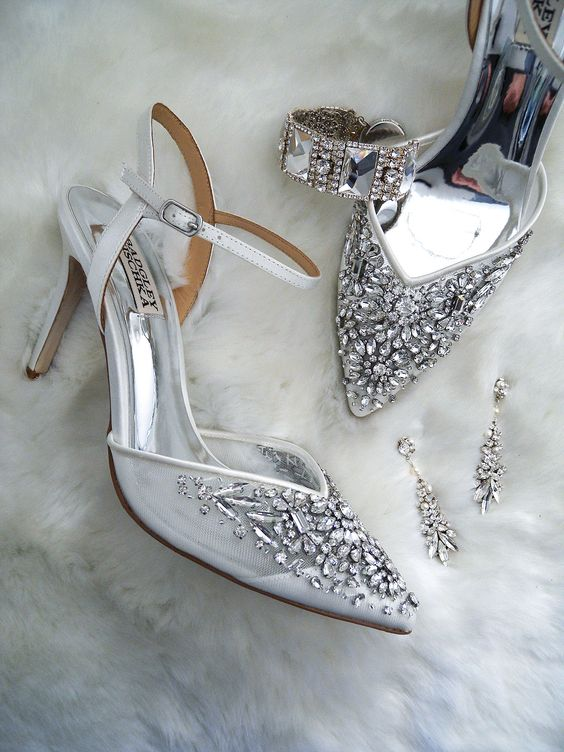 sophisticated grey wedding shoes with heavy embellishments look very refined, chic and glam