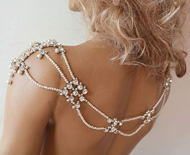 Picture Of eye catching bridal shoulder jewelry pieces  12