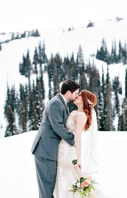 use mountains as a beautiful backdrop for your wedding ceremony or for shooting your portraits , this is a naturally beautiful idea